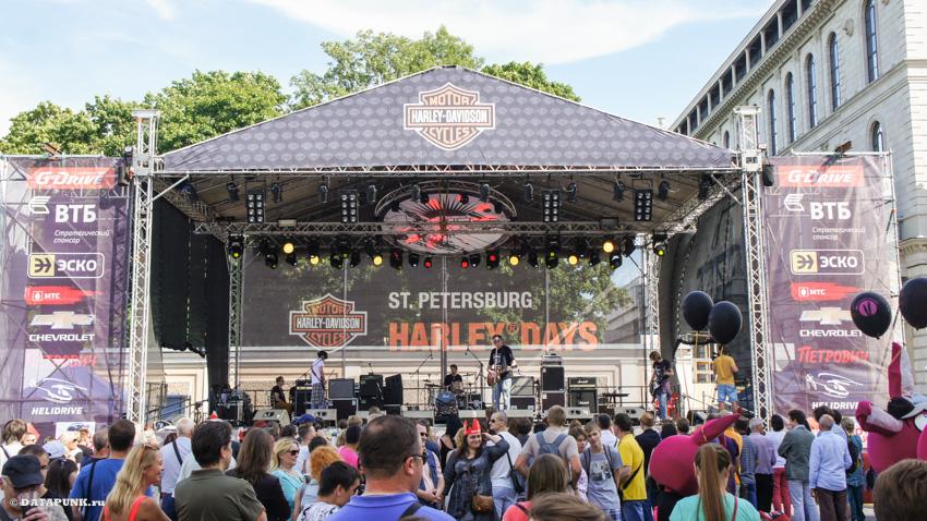 Санкт-Петербург и фест Harley-Davidson