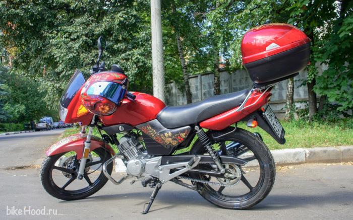 Yamaha YBR 125 под хохлому