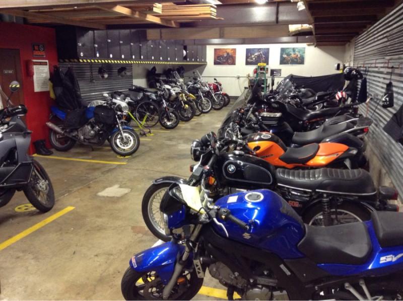 поставить мотоцикл на зиму